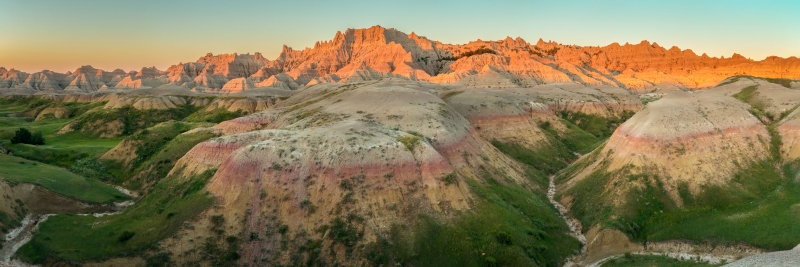 Badlands Sunrise Panorama FIA